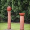 'Grosse Säulen mit Deckelfäss und mit Schale'  keramiek